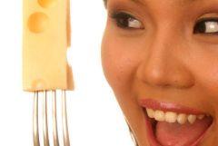Consommer du fromage à la fin du repas, l'avis d'une nutritionniste!